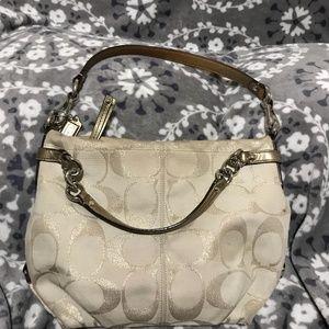 💯Authentic💯COACH Signature Jacquard Shoulder Bag
